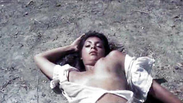 Eliza Ibarra-Lusta alvo anya sex Nap (2020))